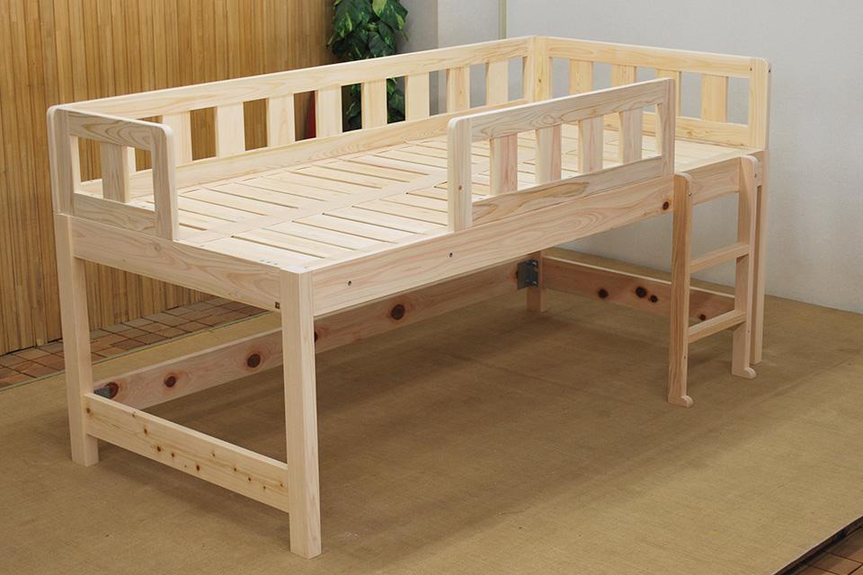シンプルなミドルベッド 柵取り外しできます ベッド下の活用 1110028-2