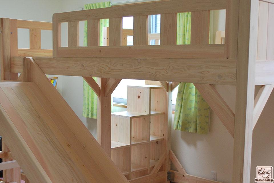 子供の喜ぶ階段とスベリ台付きひのきロフトベッドNO1106058