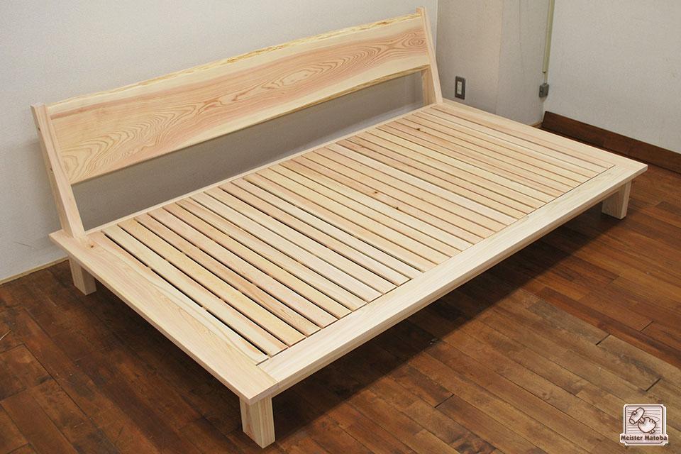 無垢ひのきへり付きシングルベッドをソファーのように背付に NO1604027