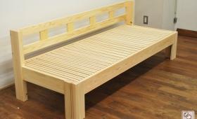 柵のような背付がついた伸縮ソファーベッド NO1609052