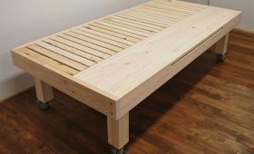 引き出して使うテーブル付きひのきオーダーベッド NO1710029