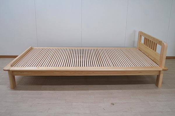 和室に似合うひのきオーダーベッド