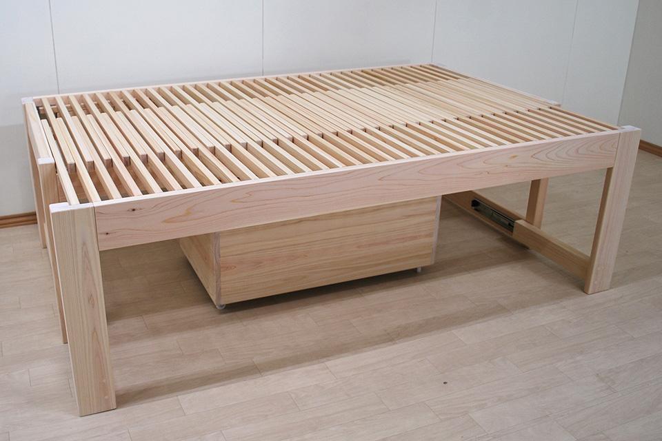 セミシングル88cmからセミダブル120cmに広がる伸縮ベッド 高さ60cm 1910022