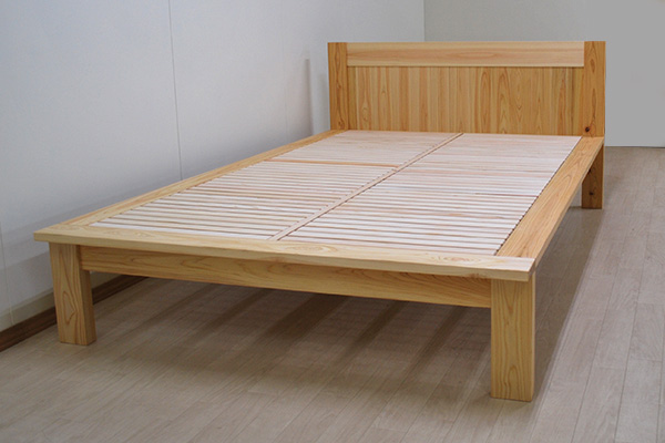 板の間付きひのきベッド ヘッド有セミダブルサイズで幅140cm 2002045