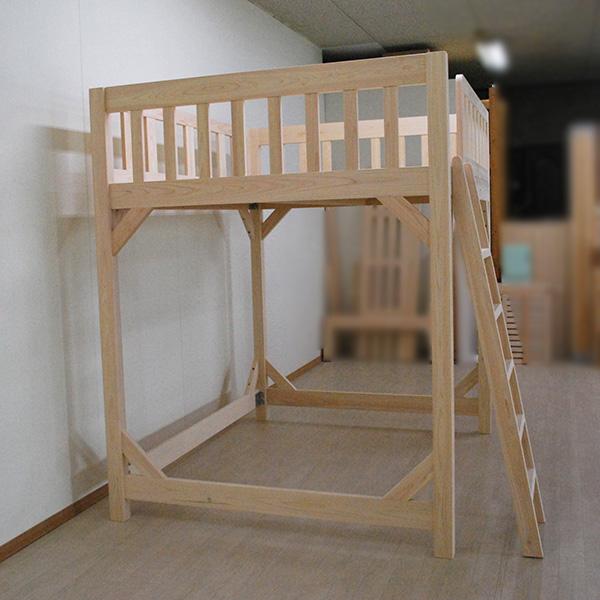 ダブルサイズのロフトベッド ベッド下空間135cm 2005022