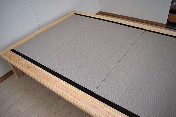 ひのきフラットベッド ヘリ付きの畳ベッド 灰桜色和紙畳 2010031