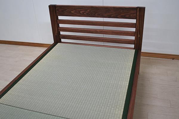 ヘッド部横桟の畳ベッド ダークブラン着色仕上げ 2011035