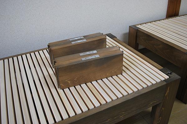 ひのき伸縮ベッド ハーフサイズ 隙間埋木金具付き ウォールナット着色 2012044